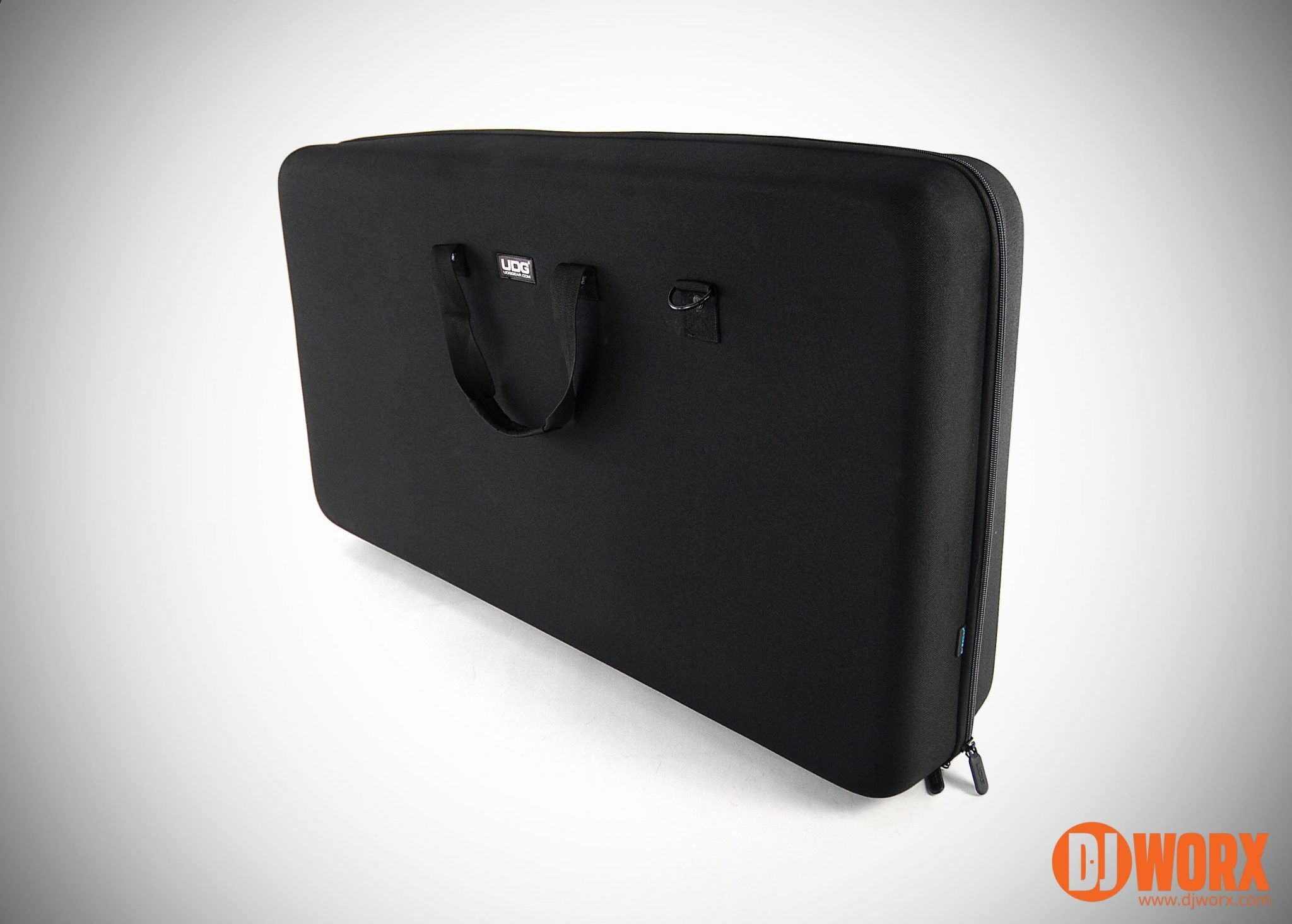 UDG Creator 2XL hard case review (4)