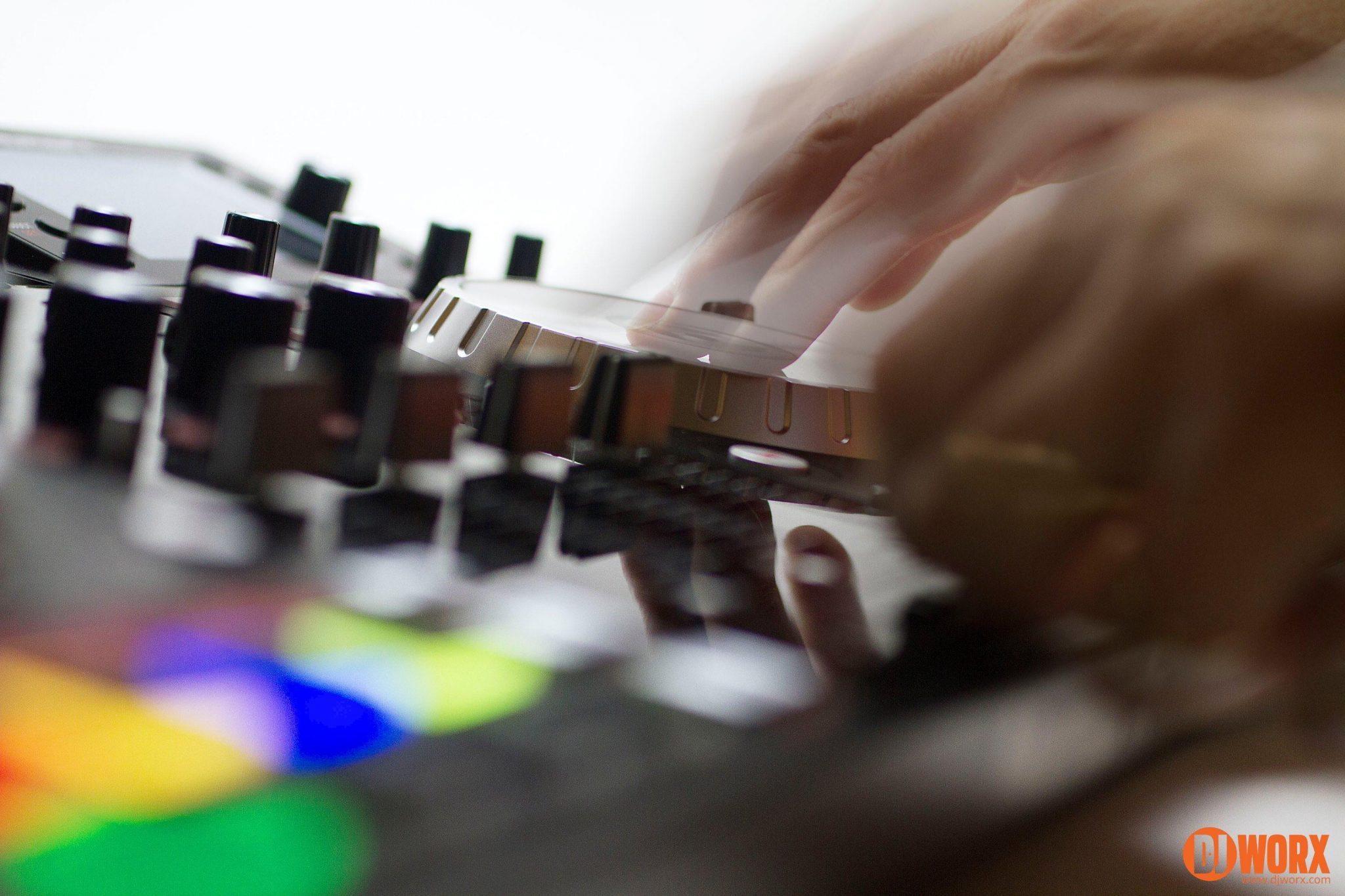Numark NV Serato DJ controller review (13)