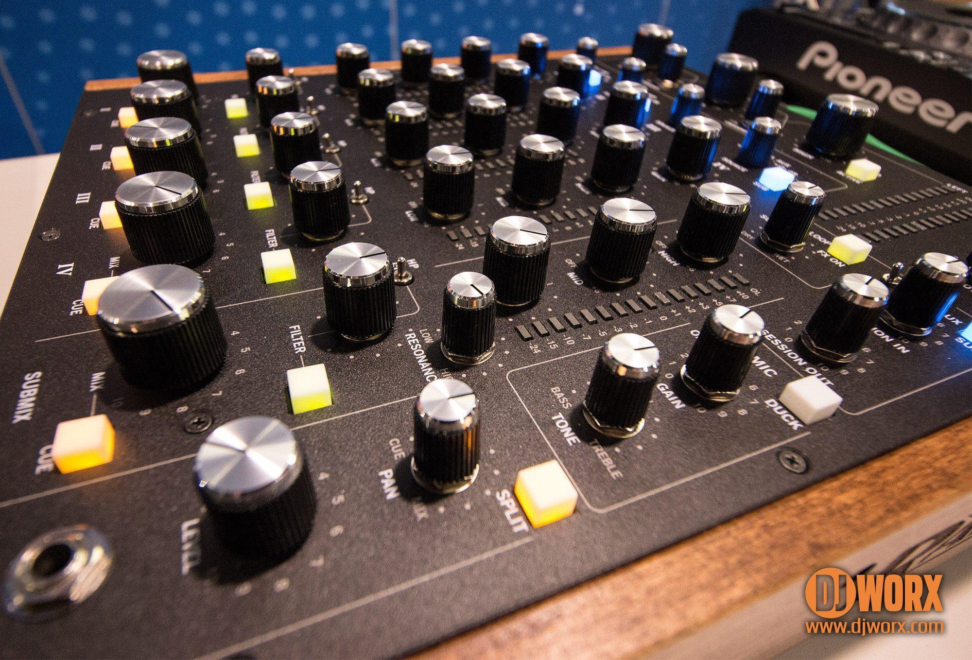 MP2015-closeup-submix