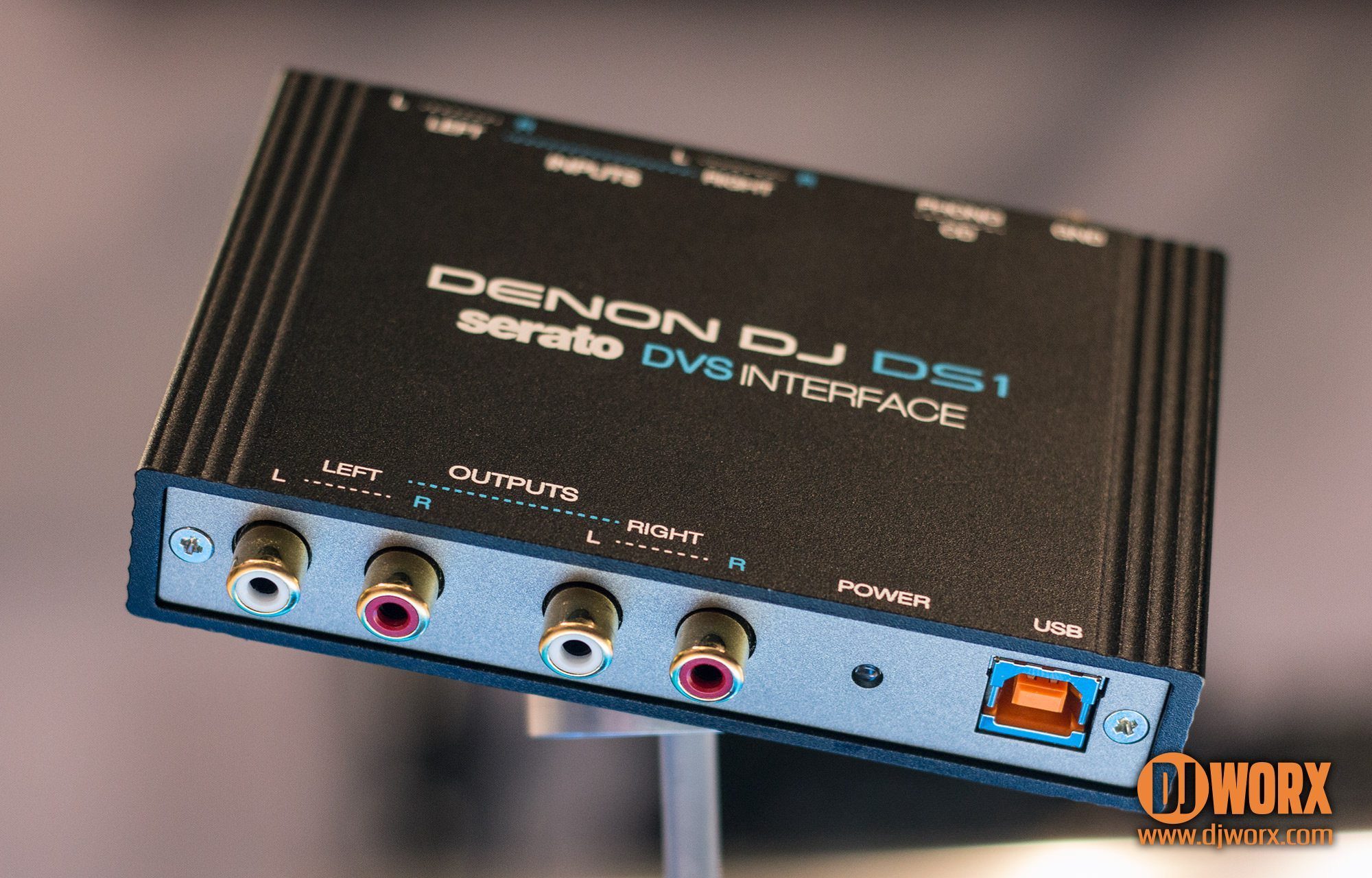 Denon DJ DS1 Serato Interface NAMM 2015 (1)
