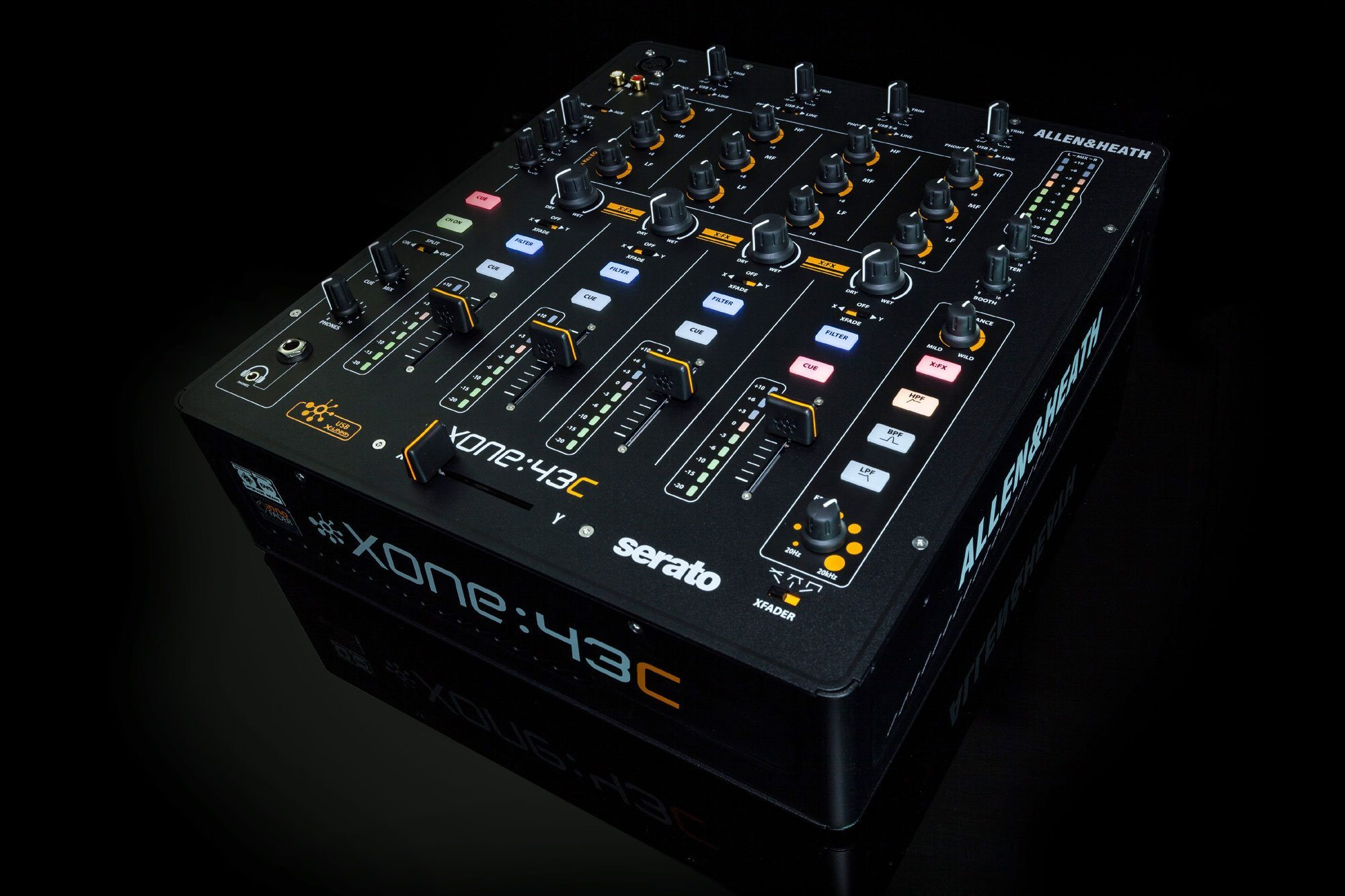 Allen & Heath xone:43C mixer Serato DJ Musikmesse 2015 (2)
