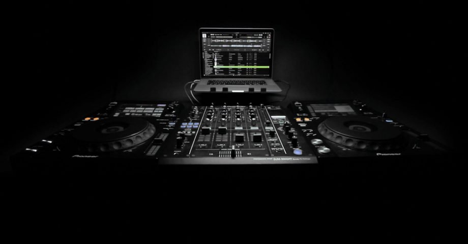 djay Pro 1.1 with Pioneer, Spotify, video, and the Apple Watch