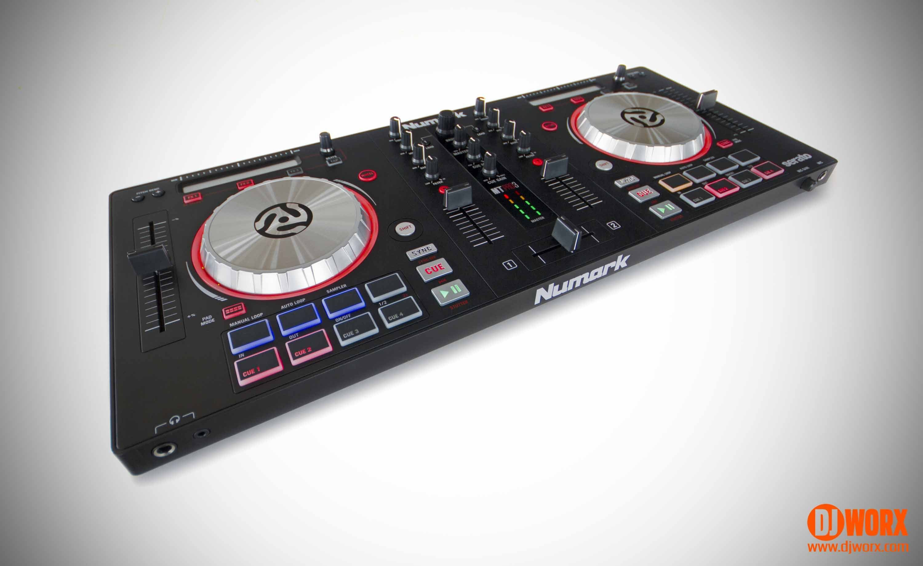 review numark mixtrack pro 3 controller djworx. Black Bedroom Furniture Sets. Home Design Ideas