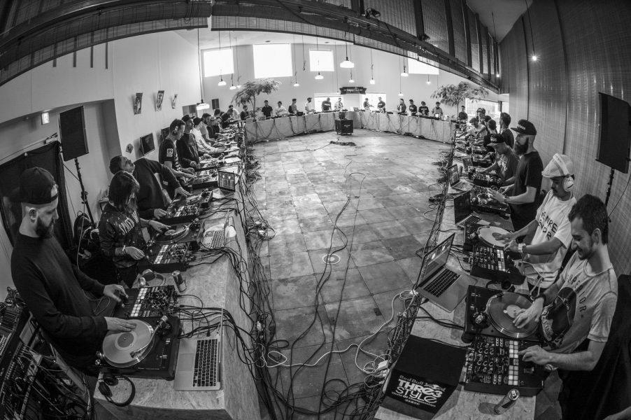 Red Bull's iScratch Tokyo: 40 DJs with 40 DJM-S9s