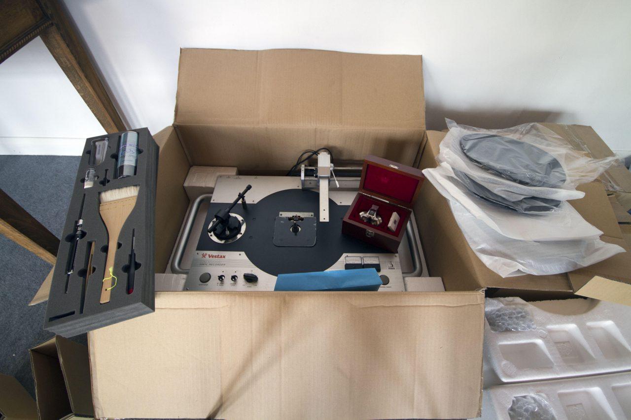 sold private stash sale vestax vrx 2000 vinyl cutter djworx. Black Bedroom Furniture Sets. Home Design Ideas