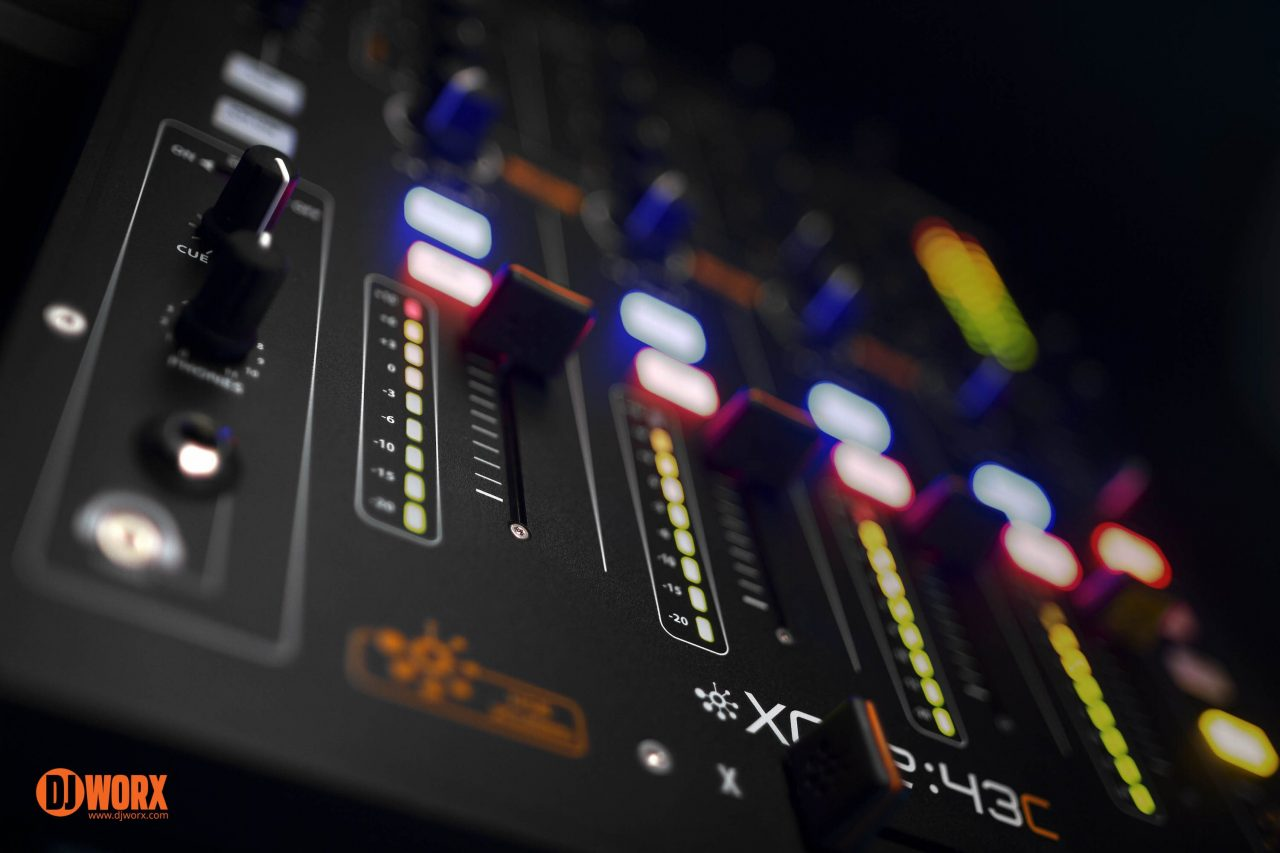 Allen & Heath Xone:43C serato DJ mixer review (17)