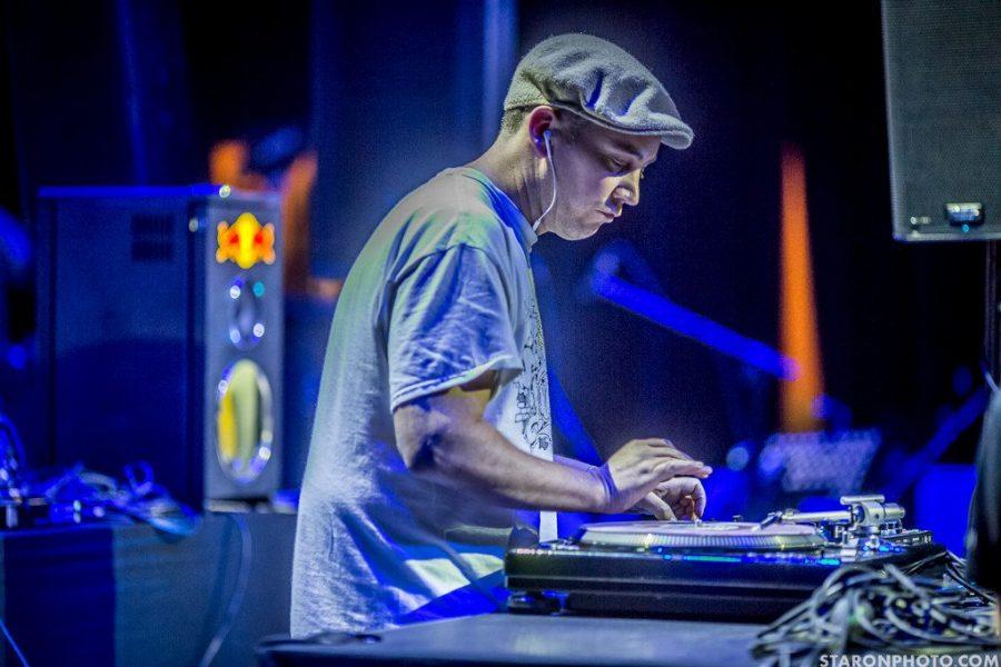 "VIDEO: DJ Woody's ""Hip Hop is 40"" live at IDA World 2015"