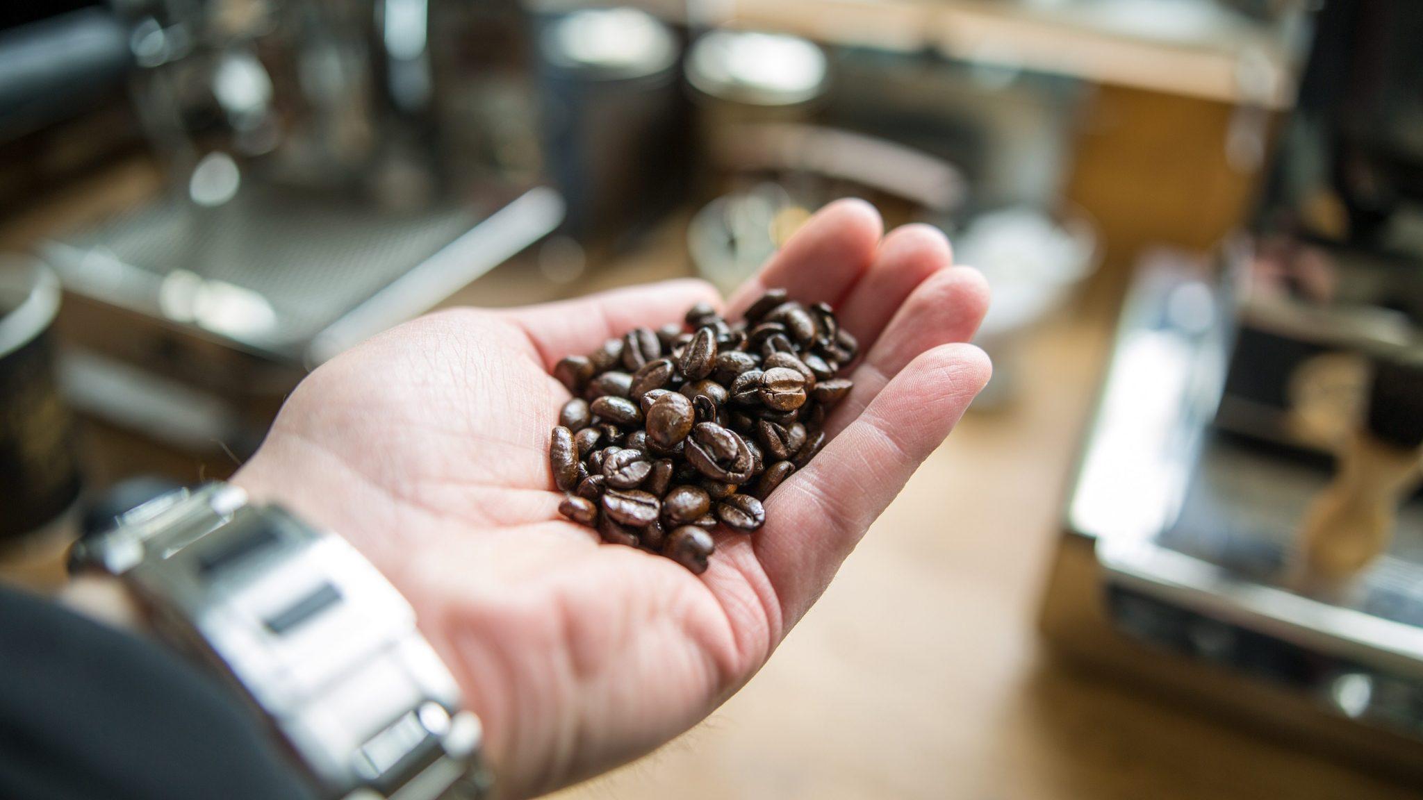 coffee-hand