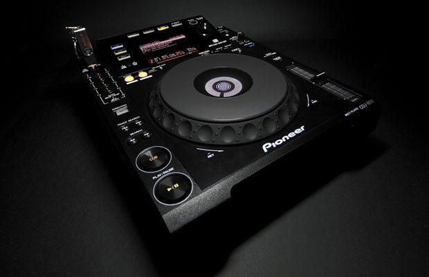 Pioneer CDJ-900 Media Player   DJWORX