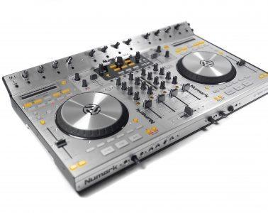 Numark 4Trak Traktor DJ Controller