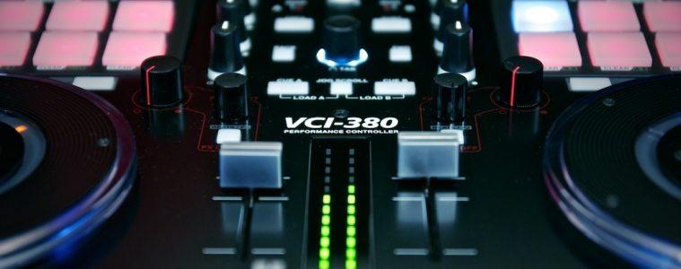 Vestax VCI-380 Serato ITCH DJ Controller review (14)