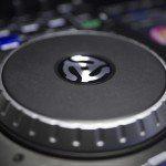 Numark IDJ Pro iOS iPad DJ Controller (22)