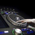 Numark IDJ Pro iOS iPad DJ Controller (21)