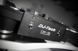 DJ Tech DIF-1S Scratch Mixer with mini innofader review (12)