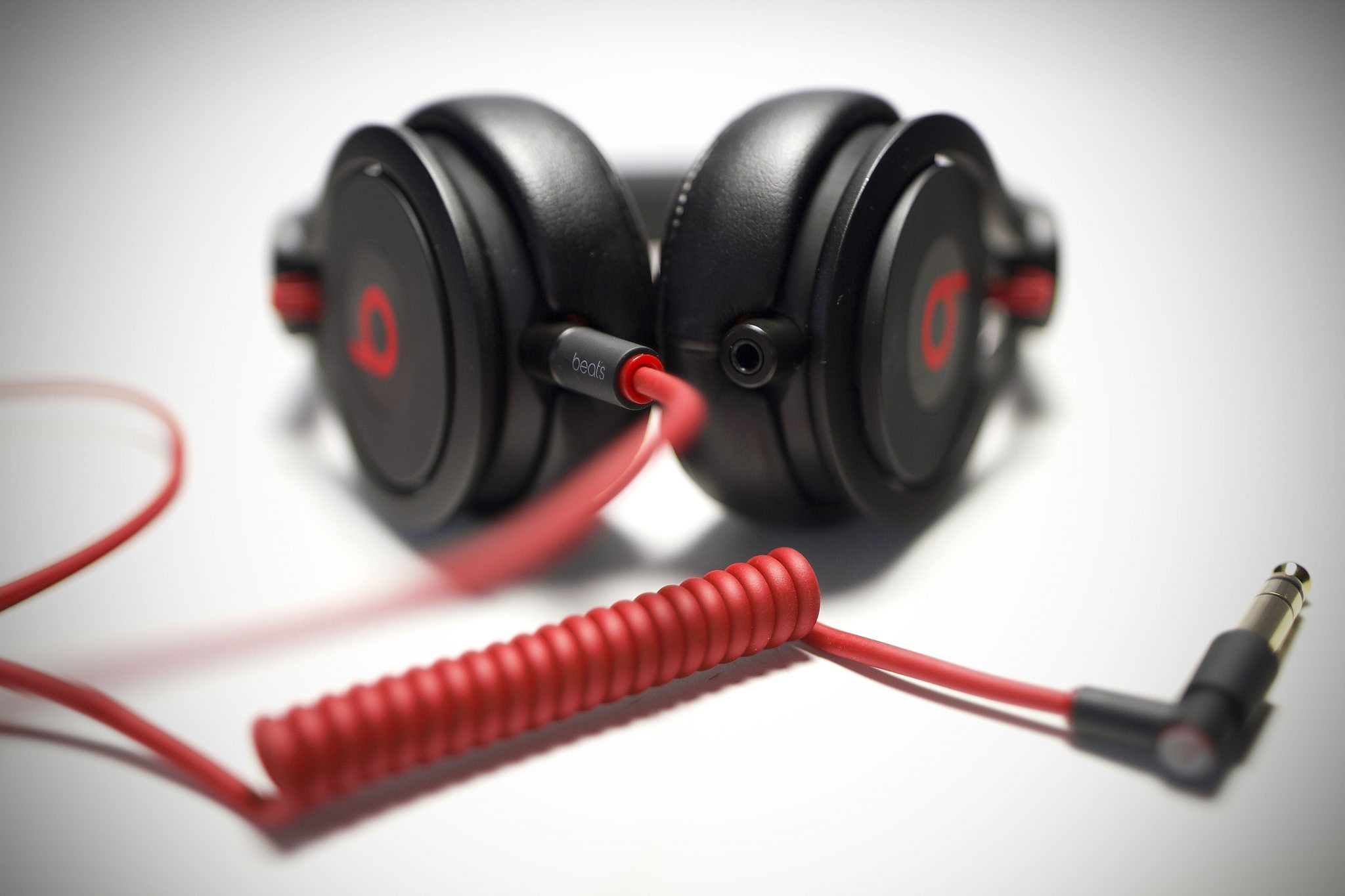 beat by dre mixr_10 review beats by dre mixr dj headphones djworx Beats Headphones Wiring-Diagram at creativeand.co
