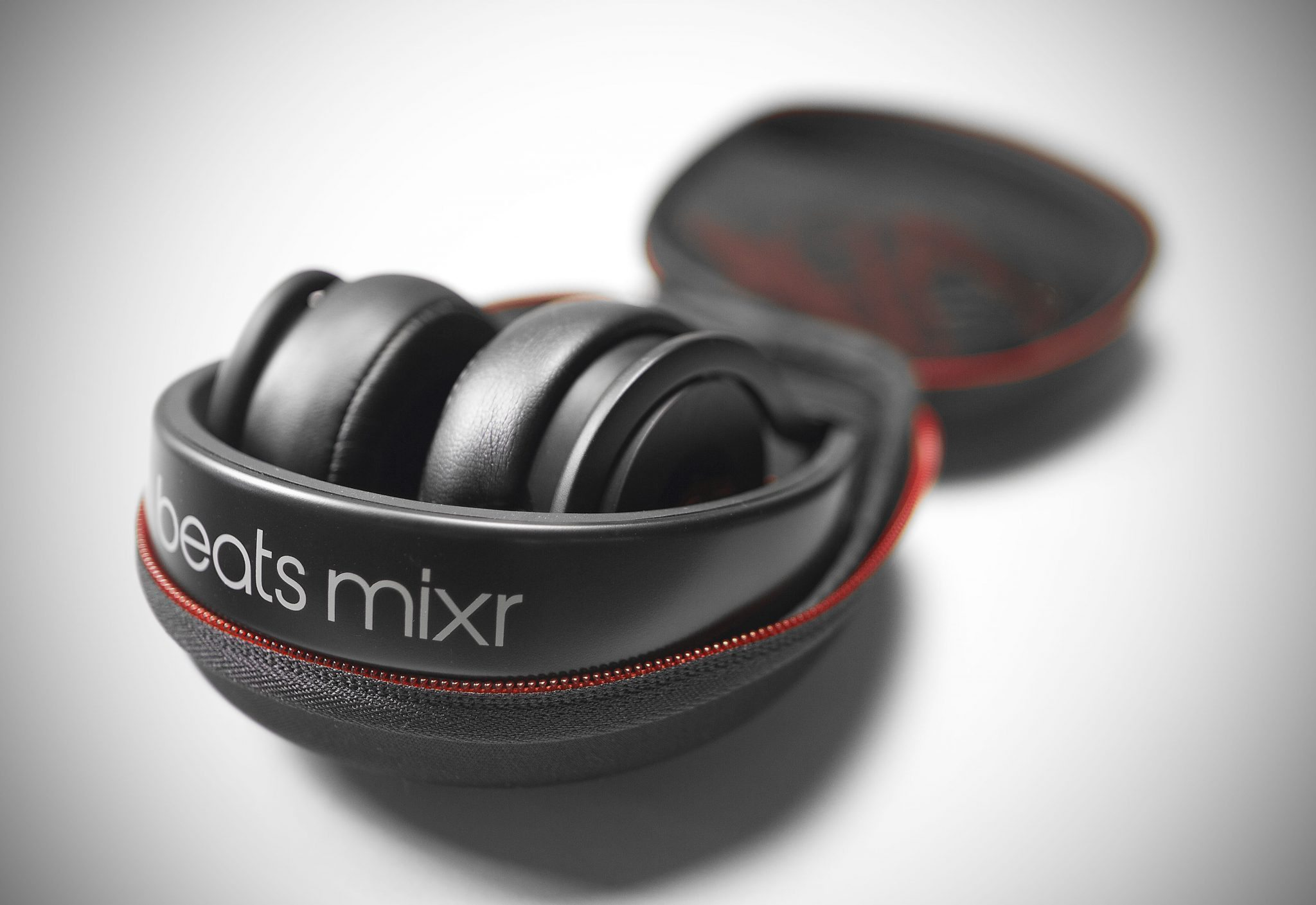 Beats Urbeats by Dr Dre Headphone Review - Reviewed Headphones