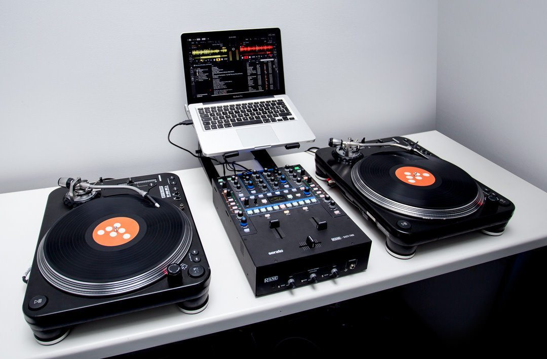 Traktor to serato: 10 things you need to know.
