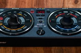 Pioneer DJ RMX-500 effects controller review (7)