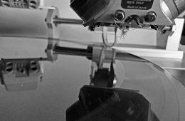 Vestax VRX-2000 vinyl cutter lathe (1)