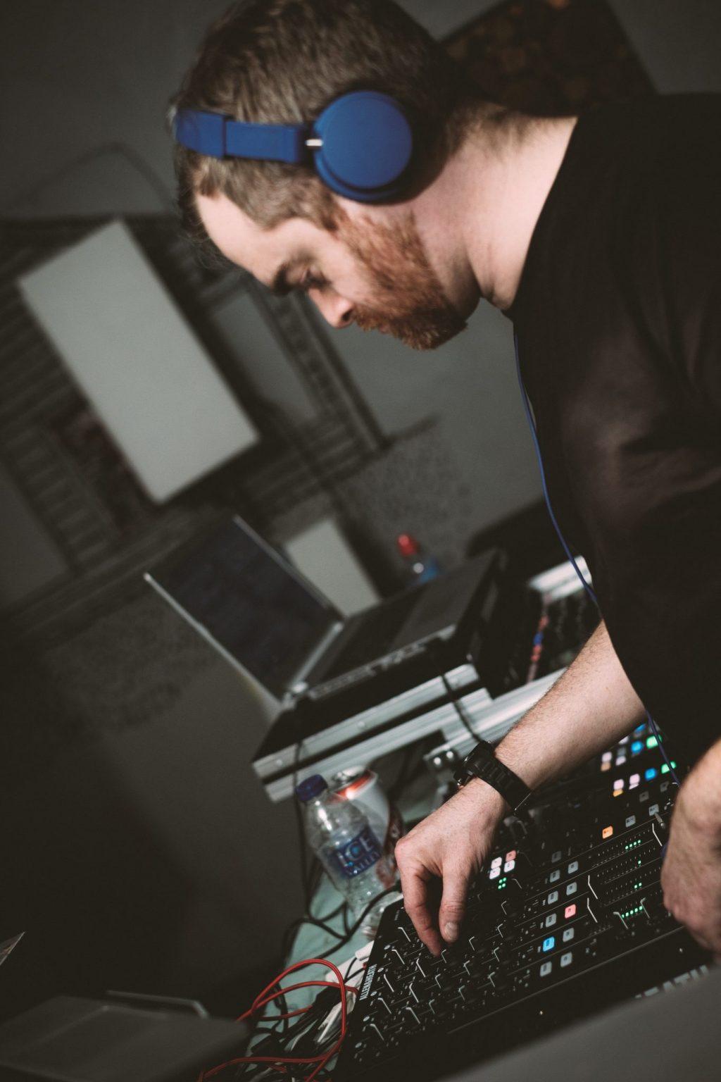 Allen & heath xone:PX5 DJ mixer review PX5 (2)