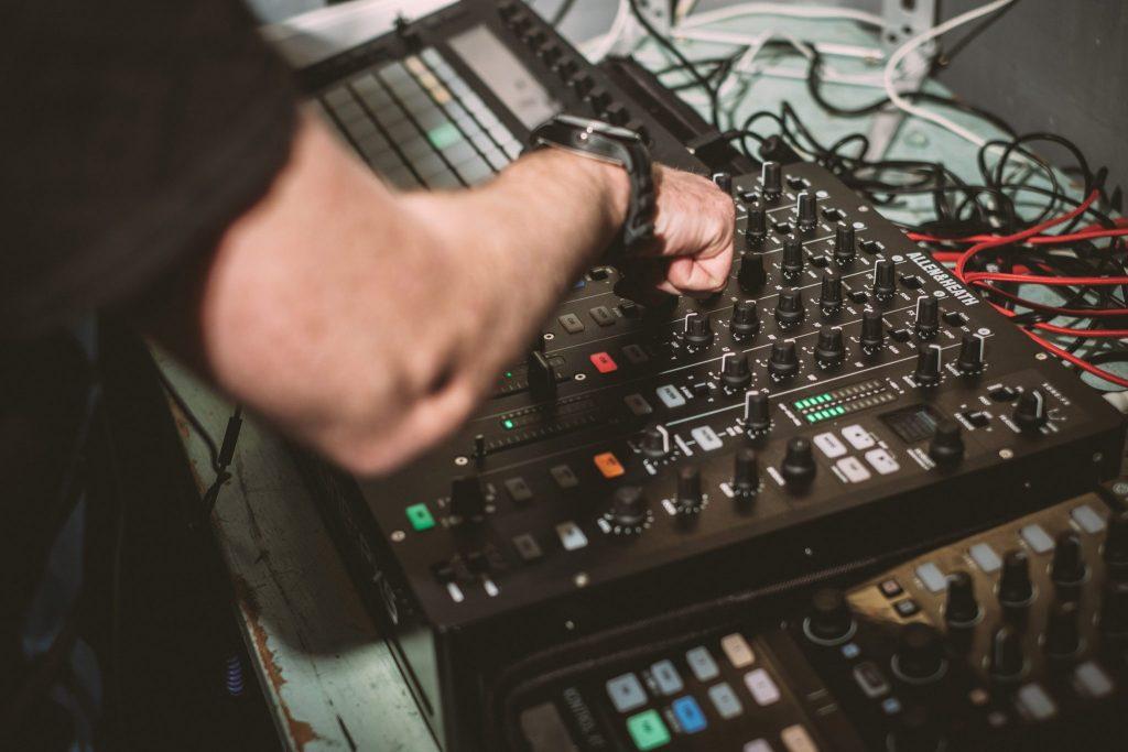 Allen & heath xone:PX5 DJ mixer review PX5 (5)