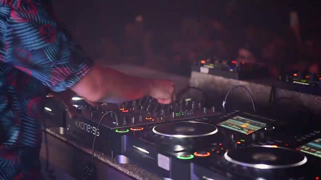 allen & heath xone:96 xone 96 techno mixer rumour (5)