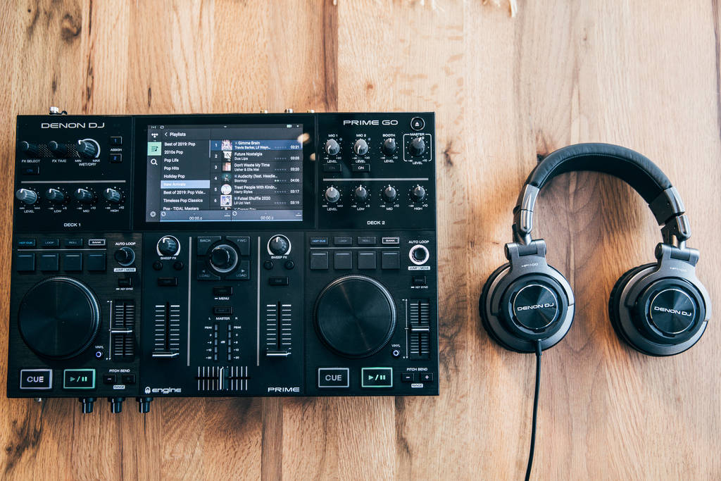 Denon DJ Prime Go engine battery powered controller console NAMM 2020 (1)